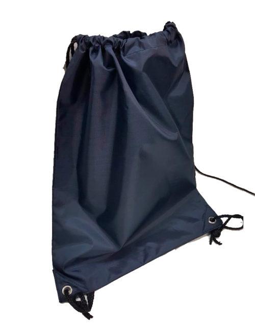Sacca in plastica porta Gavette o indumenti. Si stringe attraverso due lacci presenti nella parte superiore. Dimensioni: 33 x 43 cm